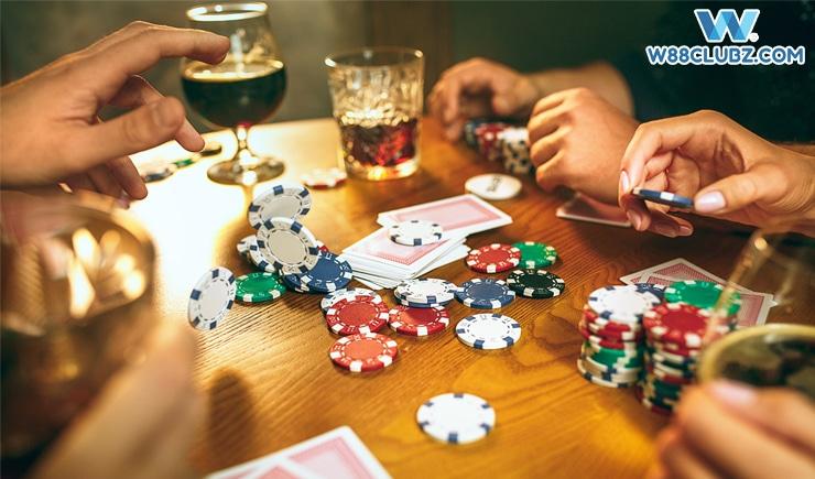 Tìm hiểu những vị trí trên bàn Poker